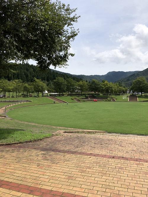 魚沼市小出郷文化会館 公園